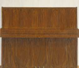 1999, Upright Piano I, oil on canvas, 138 x 145 cm